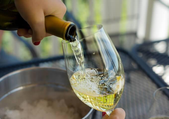bec verseur aerateur vin